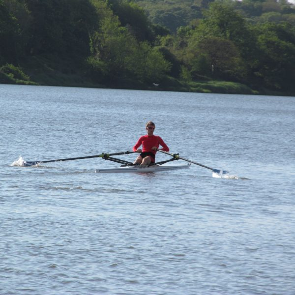 International scullers on the river